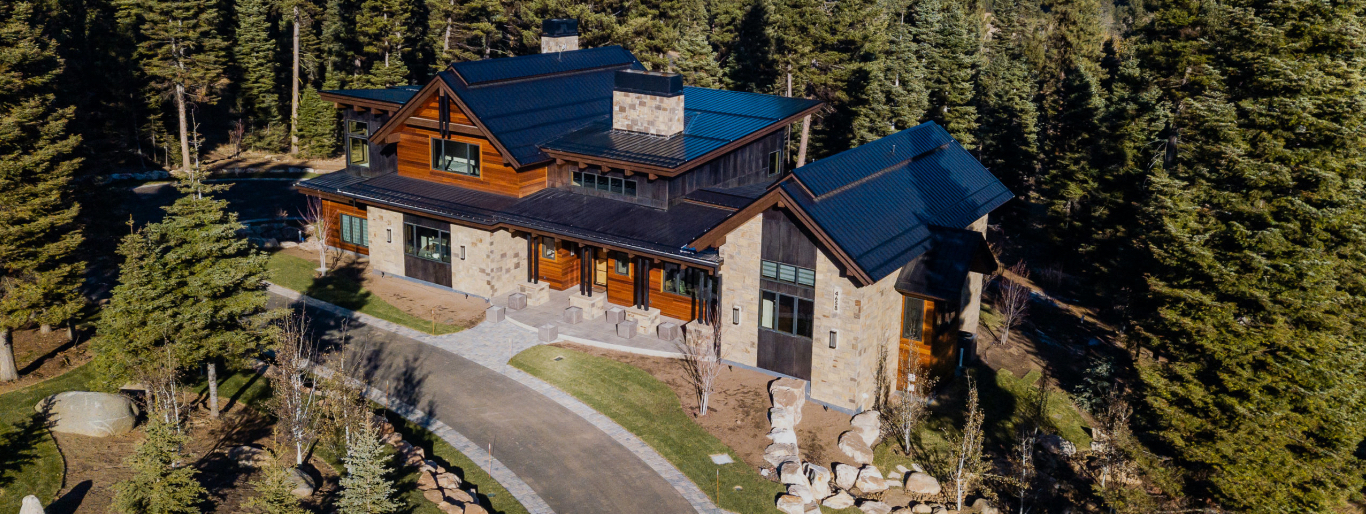 An example of a custom Pinetop home